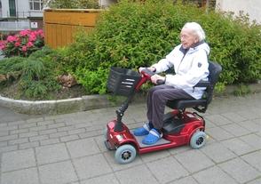 elektrisk kjøretøy for eldre